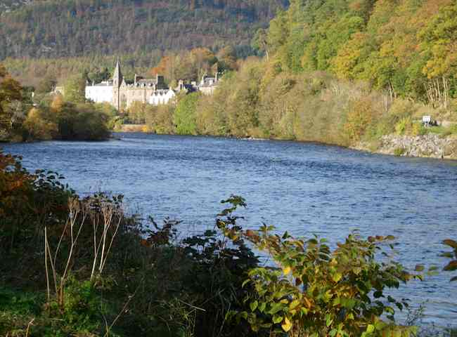 River Tay Salmon Fishing Breaks