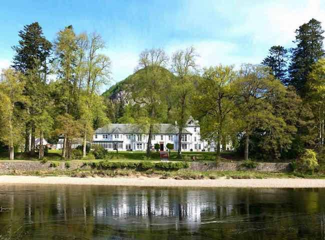 Salmon Fishing Hotels