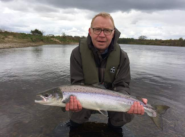 Spring salmon fishing in Scotland is the most amazing component of the entire salmon fishing season for many. This is primarily due to the fact that nothing beats the power and beauty of a fresh run Scottish Spring salmon.