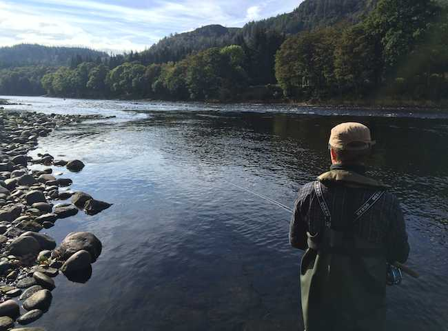 Tune yourself in to what the effective fishing skills & methods are for success in Scottish salmon fishing. It really is a fascinating business when you apply you mind to what's happening under the waterline and how salmon may be viewing things.