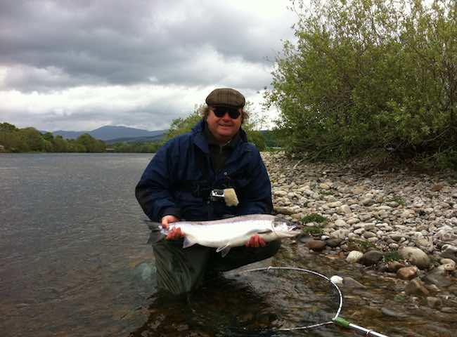Nothing betters the thrill and excitement of connecting with a super fit fresh run Spring salmon in the gin clear cold water of the Scottish salmon river. This is the time to book an encounter with a perfect fresh run Spring salmon.