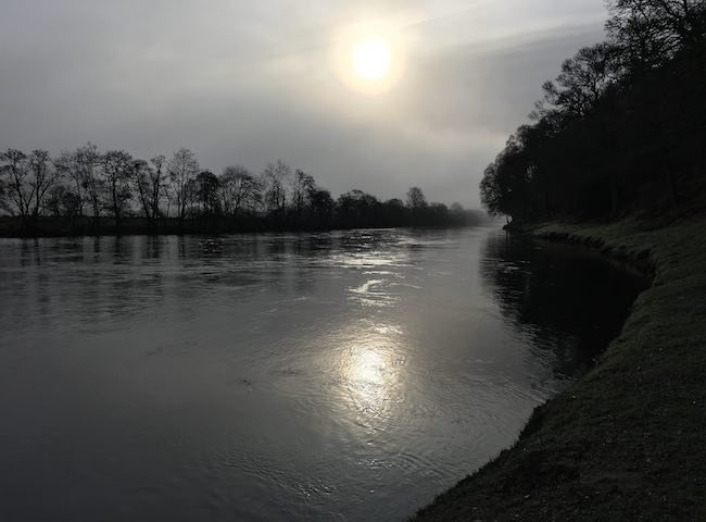 There's amazing natural beauty to be witnessed on all Scottish salmon rivers throughout the full course of the fishing day. Personally I've always loved watching the river at dawn and dusk before the busy salmon fishing day commences as the tranquility during these times is truly amazing.