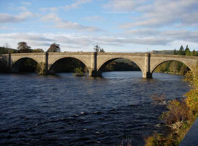 This is the Telford Bridge in Dunkeld, Perthshire