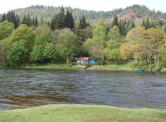 Quality Salmon Fishing Huts Are Plentiful On The Salmon Rivers Of Scotland