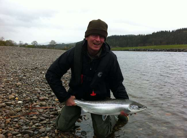 Booking A Salmon Fishing Guide