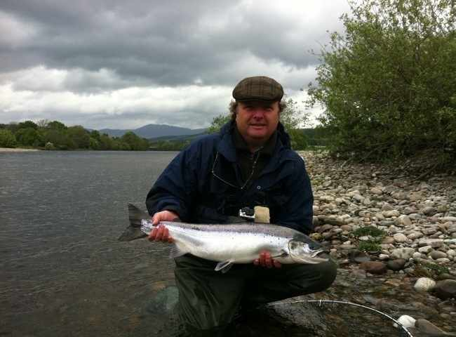 The River Tay represents one of Scotland's very best Spring salmon fishing locations especially during the months of April & May. This perfect fish was caught on the last pool of the River Tummel which is a 'no-brainer' as many salmon ascend the River Tummel at this time of the year.